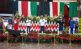 From left to right: CAS Nadia Adalla, CS Joe Mucheru, H.E Uhuru Kenyatta, CS Margaret Kobia and Dr Ademola Olajide